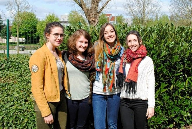 Les 4 étudiantes participent à un projet humanitaire au Pérou